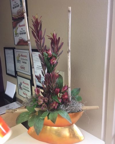 Zen floral arrangement for office environment