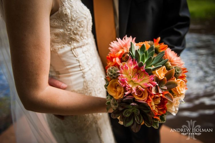 Sedona southwest style bouquet at Tlaquepaque wedding