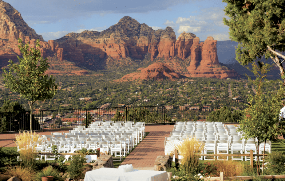 wedding venue at sedona sky ranch lodge with sedona red rocks in background